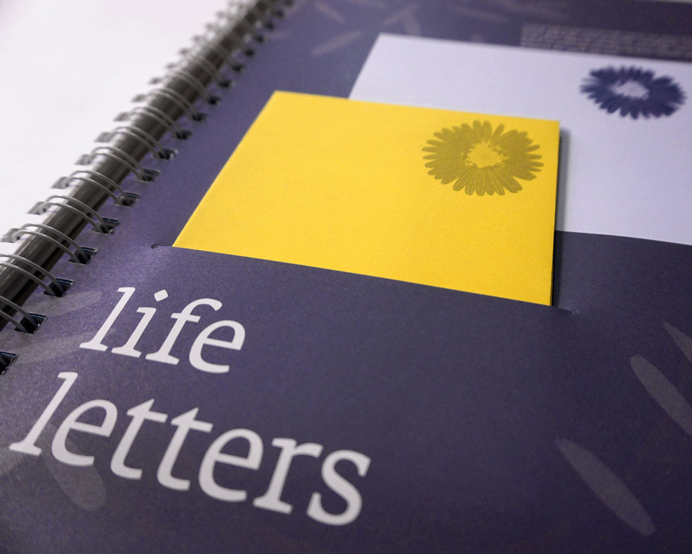 Compose personal LIFE LETTERS to people who matter the most.